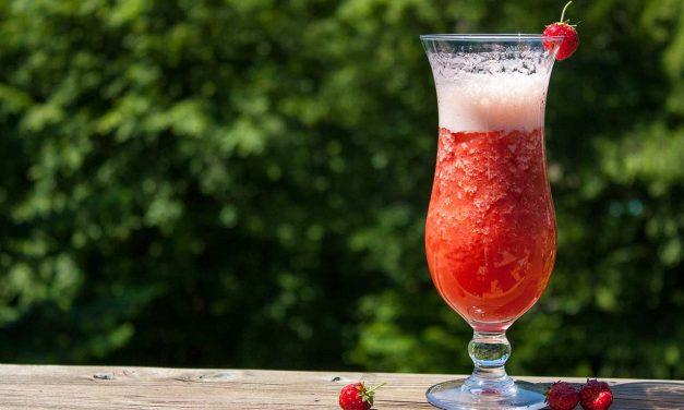 Strawberry-Garden – erfrischender Erdbeer-Cocktail (Alkoholfrei)
