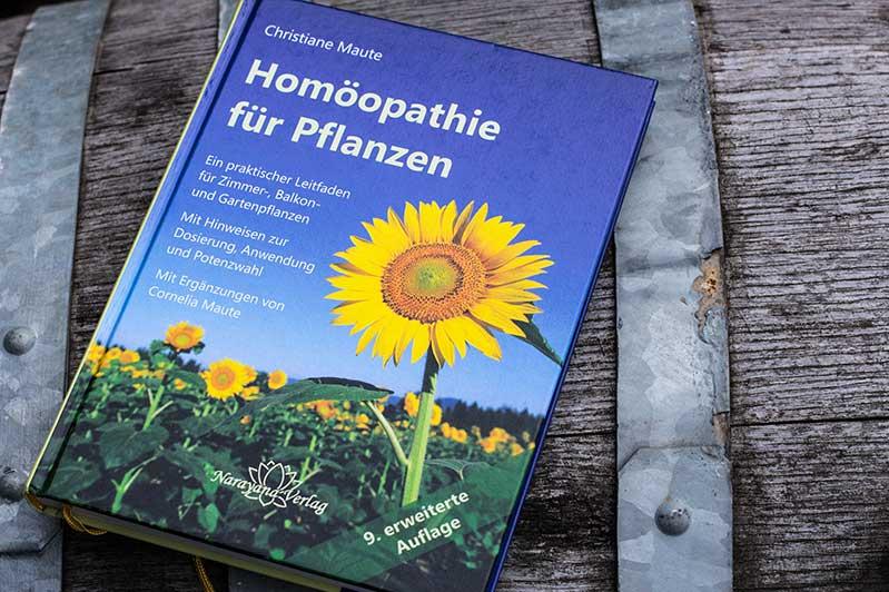Cover des Buchs: Homöopathie für Pflanzen von Christiane Maute.